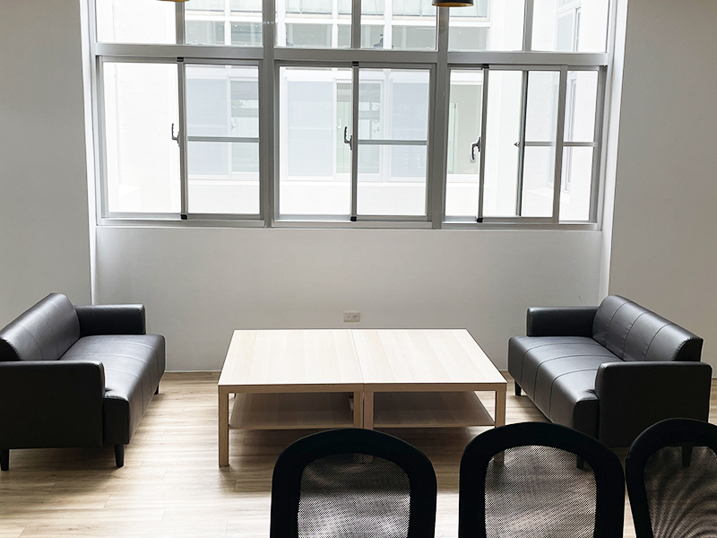 2F共享空間-沙發